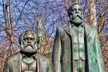 Berlin, Marx Und Engels