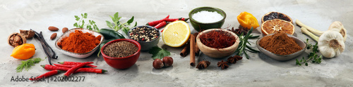Recess Fitting Aromatische Spices and herbs on table. Food and cuisine ingredients.