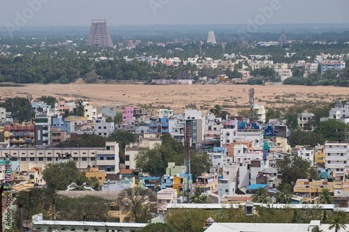 Cuadros en Lienzo View over the city of Trichy, also known as Tiruchirappali, in Tamil Nadu lookin