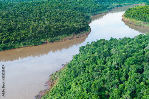 Valokuva  Aerial view of the Iguazu River on the border of Brazil and Argentina