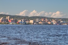 Duluth Is A Popular Tourist Destination In The Upper Midwest On The Minnesota Shores Of Lake Superior