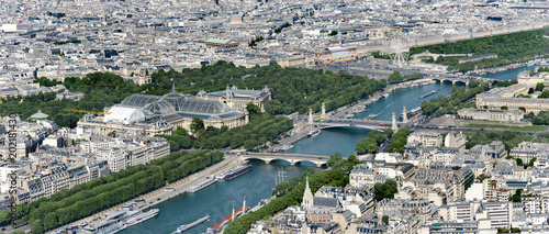 Papiers peints Paris Aerial panoramic view of Paris; the Grand Palais, Petit Palais, Madelaine church with Invalides and Alexander III bridges on Seine river