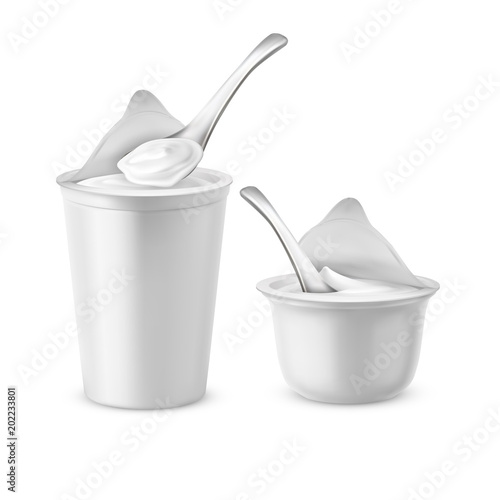 Vector realistic set of two blank pots with open foil lids, plastic containers or jars with spoons, filled with yogurt, milk dessert or sour cream Canvas-taulu