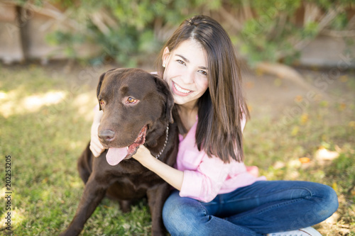 Photographie  Handsome dog with woman