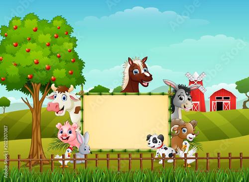 In de dag Kinderkamer Farm animals with a blank sign bamboo