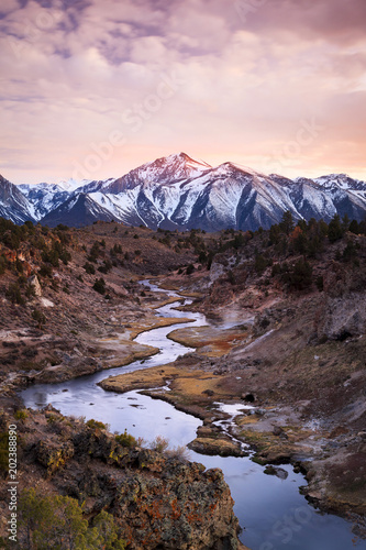 Poster Marron chocolat Sunset above the Owens River, California, USA.