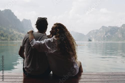Couple on a honeymoon trip Obraz na płótnie