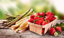 Wooden Punnet Of Strawberries ...