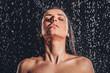 Leinwanddruck Bild - Woman in shower