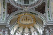 Innenansicht Der Jesuitenkirche In Mannheim
