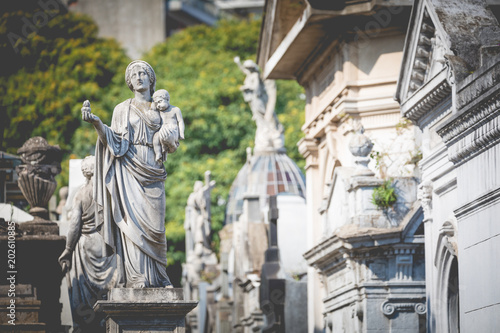Photo sur Toile Cimetiere Monuments at Recoleta Cemetery, a public cemetery in Buenos Aires, Argentina.