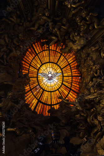 Vászonkép The stained-glass window of the indulgence of the holy spirit