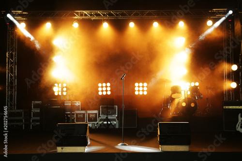 Obraz empty ready concert stage - fototapety do salonu