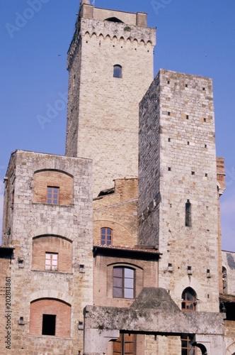 Aluminium Prints Mills San Gimignano, Toscana, Italia