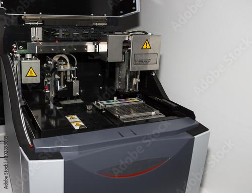 Valokuva  DNA RNA Analysis equipment