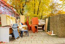 Müllentsorgung, Alte Möbel A...