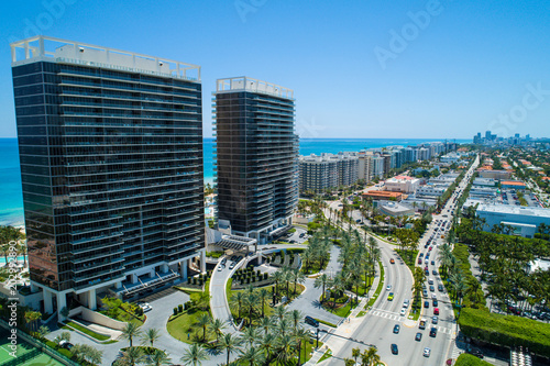 Fotografie, Obraz  Aerial image of the St Regis and Bal Harbour shopping mall