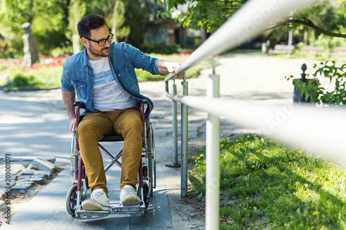 Tableau sur Toile Man in wheelchair
