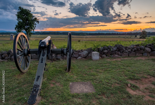 Fotografie, Obraz  Civil War Cannon on Cemetery Ridge at Gettysburg, Pennsylvania