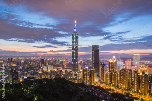 Keuken foto achterwand Stad gebouw Taiwan Taipei city night view seen from mt.Elephant.