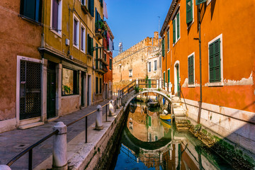 Street in Venice. Traditional canal street in Venice. Canal in Venice, Italy. Photo stock.