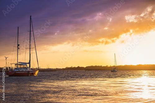 Staande foto Strand Bowen Island Sunset