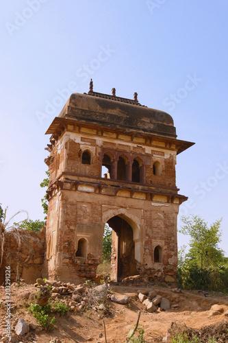 Papiers peints Con. Antique Remote Building Orchha India