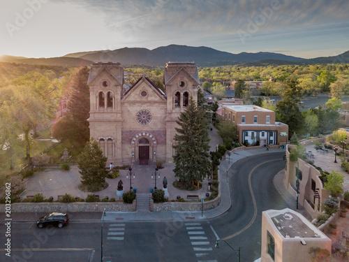 Naklejka premium Bazylika katedralna św. Franciszka z Asyżu Santa Fe New Mexico