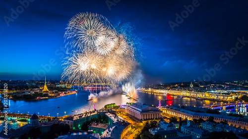 Foto op Aluminium Asia land Holiday in Petersburg. Panoramic view from the city SAINT-PETERSBURG. Fireworks over Petersburg. Holidays in Russia. Scarlet Sails. Petersburg during the white nights. A sailboat with scarlet sails.