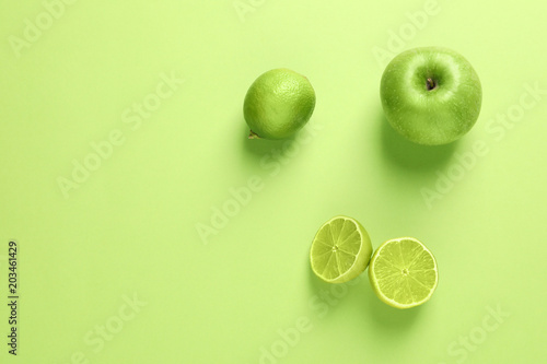 Foto op Aluminium Vruchten Flat lay composition with fresh fruits on color background