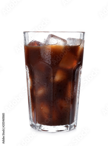 Fotomural Glass with cold brew coffee on white background