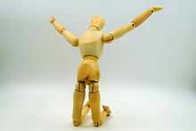 Wooden Mannequin Figure Kneeli...