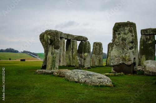 Staande foto Oude gebouw Stonehenge an ancient prehistoric stone monument