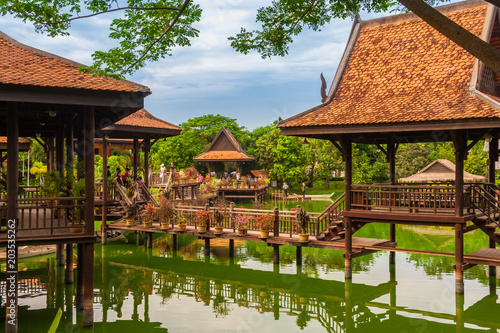 Lovely view of the floating village in the Cambodian Cultural Village in Siem Reap, Cambodia Tablou Canvas