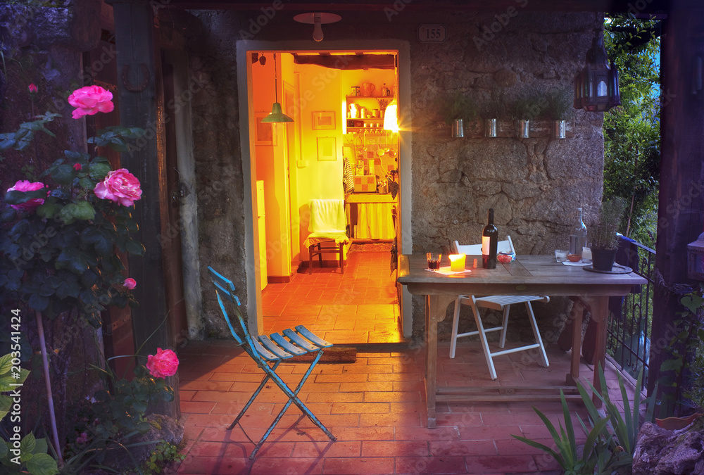 Fototapety, obrazy: Cosy and peaceful evening atmosphrere in a rustic holiday home in tuscany ,italy