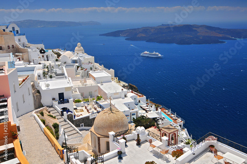 In de dag Santorini Afternoon view over town and ocean at Fira Thira Santorini Island Greece.