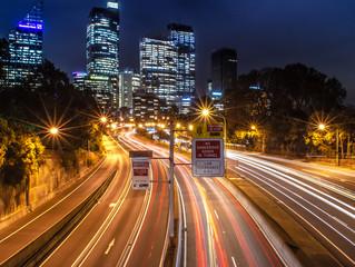 Fototapeta na wymiar car's lights trail