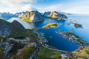 Widok Reine w Lofoten, Norwegia