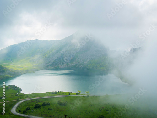 Foto auf Gartenposter Gebirge Lakes of Covadonga wrapped by fog