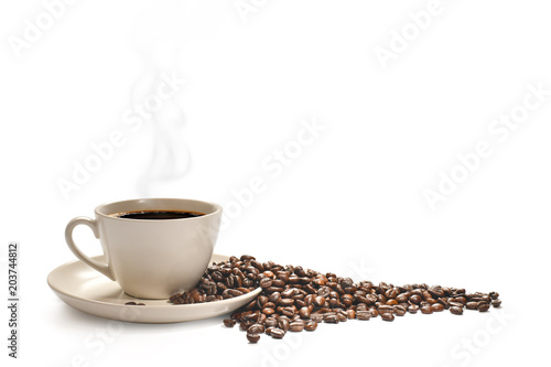 Poster Café en grains Cup of coffee with smoke and coffee beans isolated on white