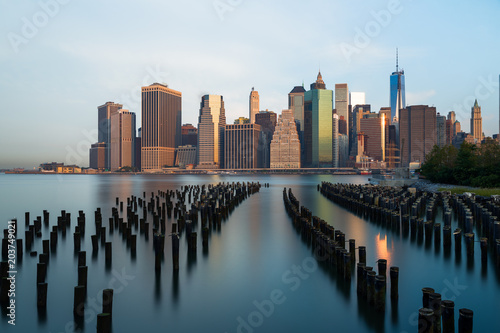 In de dag New York City New York skyline in the morning