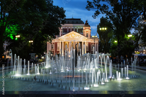 Deurstickers Theater Ivan Vazov National Theatre in the city center of Sofia, Bulgaria. Sofia is the capital and largest city of Bulgaria.