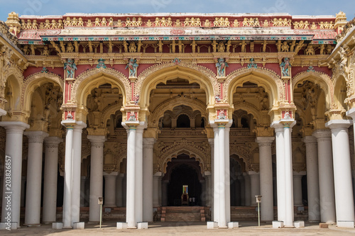 Foto op Canvas Theater Decorative archways at the entrance to the 17th century Nayak Palace in Madurai, India. In the present day it is used as a grand performance venue