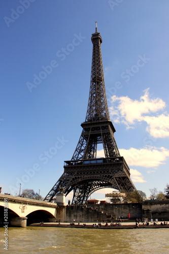 Papiers peints Paris Mise en Seine