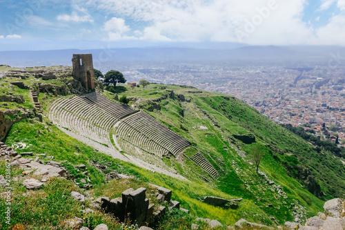 Deurstickers Theater Ruin roman amphitheatre (amphitheater) in Pergamum (Pergamon), Turkey