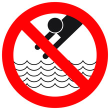 No Diving And Jumping Sign On ...