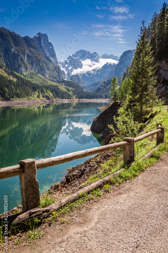 Fototapety, obrazy: Beautiful spring at mountain lake in Gosau, Alps, Austria