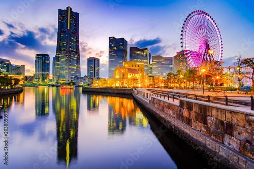 Foto op Plexiglas Texas Cityscape of Yokohama Minato Mirai at night. Japan landmark and popular for tourist attractions