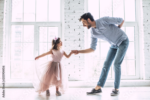 Poster Dance School Dad with daughter at home