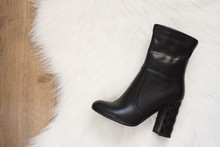 Elegant Women Black High Heele...